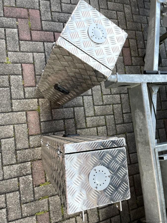 Unterflurboxen nachgerüstet