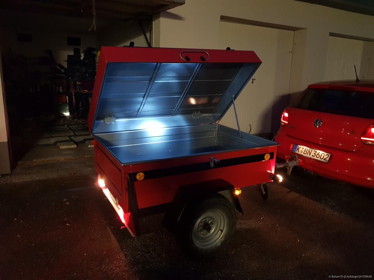 mit LED Innenbeleuchtung