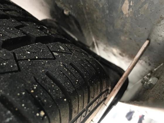 Zum Thema Ladefläche liegt auf Reifen, hier unbeladen